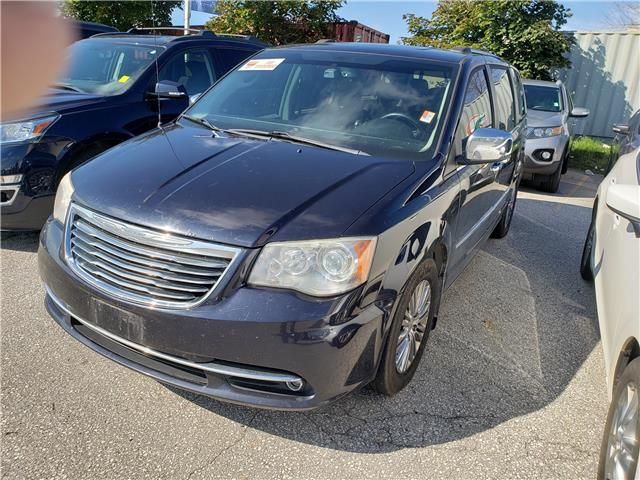 2011 Chrysler Town & Country Limited Blue