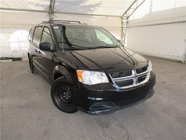 2014 Dodge Grand Caravan SE/SXT (Stk: ST2125) in Calgary - Image 1 of 27
