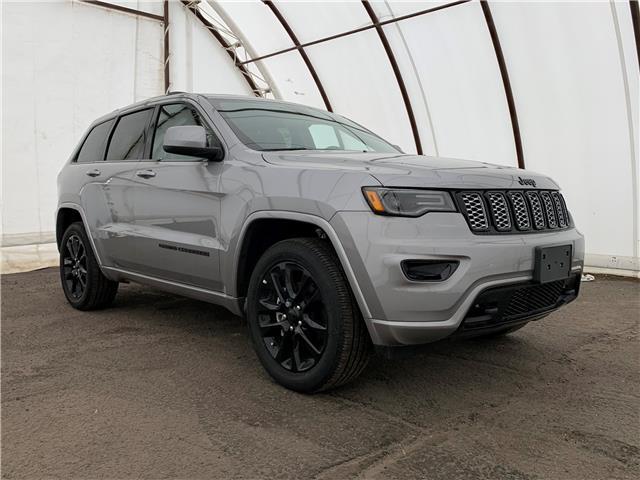 2020 Jeep Grand Cherokee Laredo (Stk: 200042) in Ottawa - Image 1 of 30