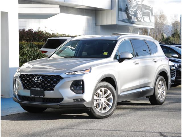 2020 Hyundai Santa Fe Essential 2.4  w/Safety Package (Stk: 200573) in Coquitlam - Image 1 of 16