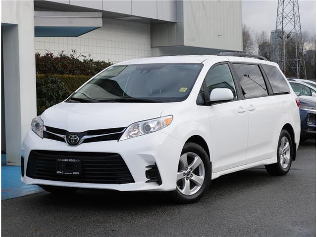 2019 Toyota Sienna LE 8-Passenger (Stk: 190528) in Coquitlam - Image 1 of 20