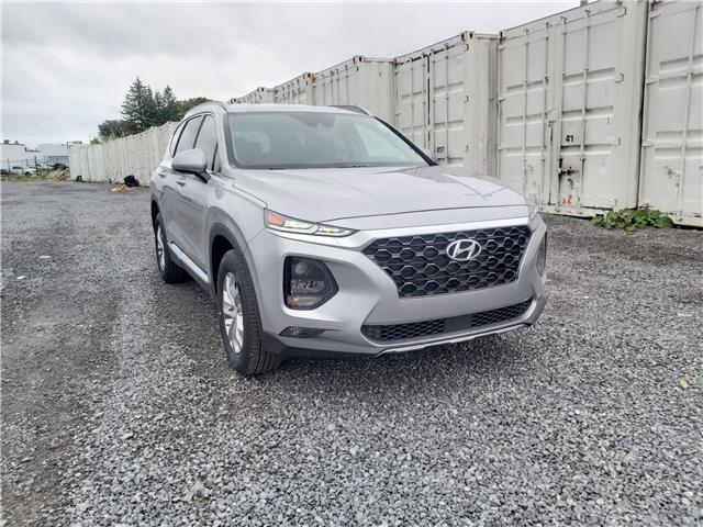 2020 Hyundai Santa Fe Essential 2.4  w/Safety Package (Stk: R06031) in Ottawa - Image 1 of 16