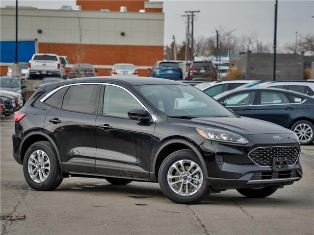 2020 Ford Escape SE (Stk: 200093) in Hamilton - Image 1 of 24