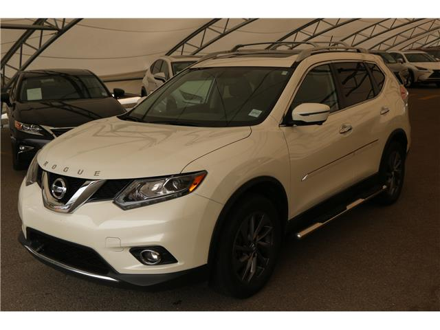 2016 Nissan Rogue SL Premium (Stk: 200614B) in Calgary - Image 1 of 6