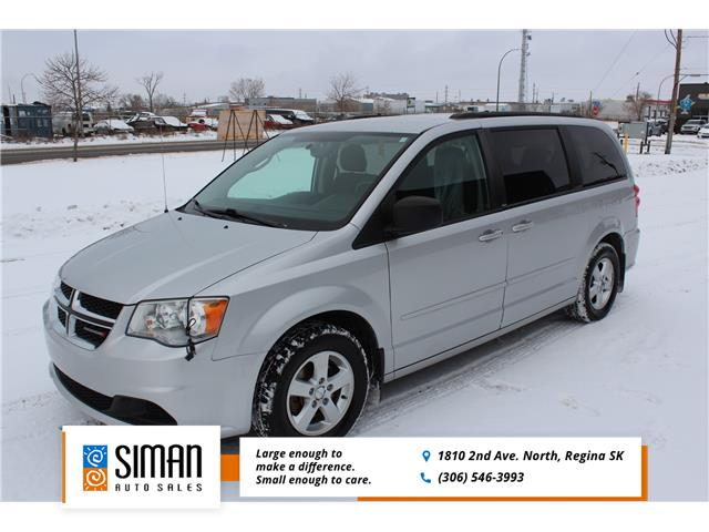 2012 Dodge Grand Caravan SE/SXT (Stk: CBK2957) in Regina - Image 1 of 20