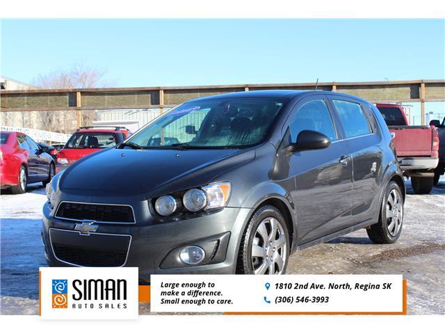 2016 Chevrolet Sonic LT Auto (Stk: W102) in Regina - Image 1 of 9
