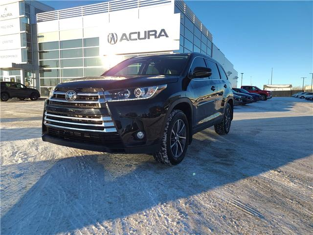 2019 Toyota Highlander  (Stk: A4337) in Saskatoon - Image 1 of 24