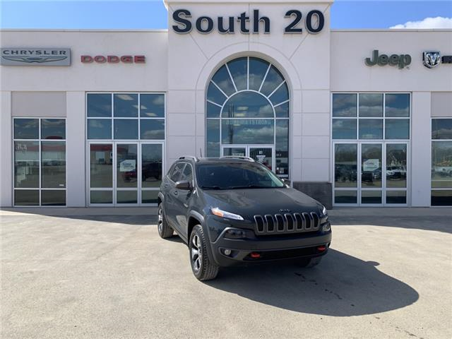2016 Jeep Cherokee Trailhawk (Stk: 41033A) in Humboldt - Image 1 of 22