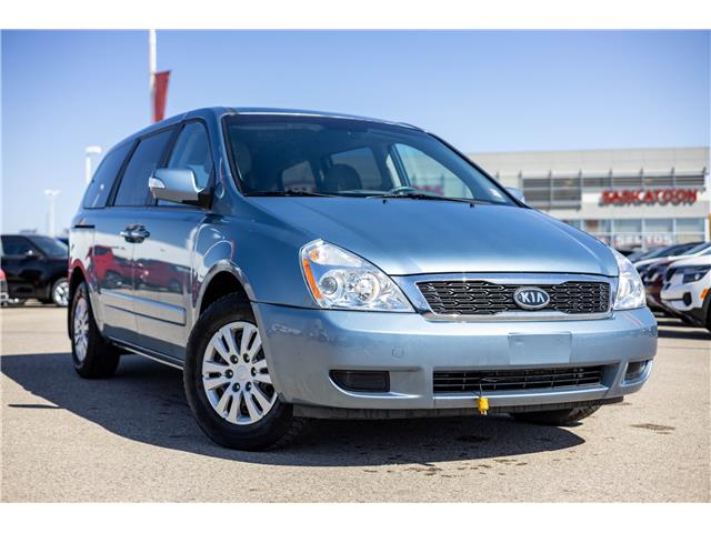 2012 Kia Sedona LX (Stk: 40391A) in Saskatoon - Image 1 of 6