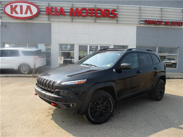 2017 Jeep Cherokee Trailhawk (Stk: 41124A) in Prince Albert - Image 1 of 13