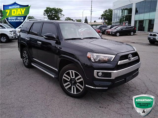 2019 Toyota 4Runner SR5 (Stk: W0204A) in Barrie - Image 1 of 32