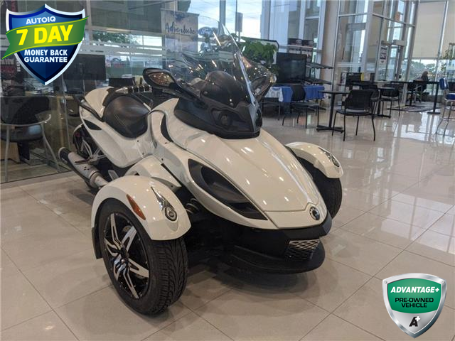 2010 Can-Am Spyder RS (Stk: W0359CJ) in Barrie - Image 1 of 16