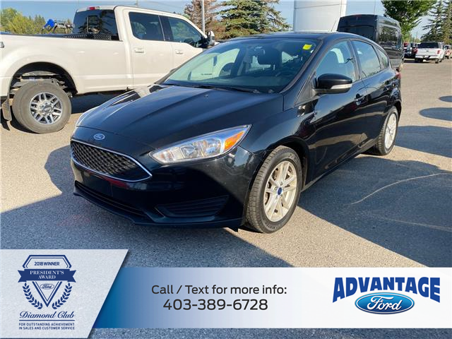 2017 Ford Focus SE (Stk: 5725) in Calgary - Image 1 of 24