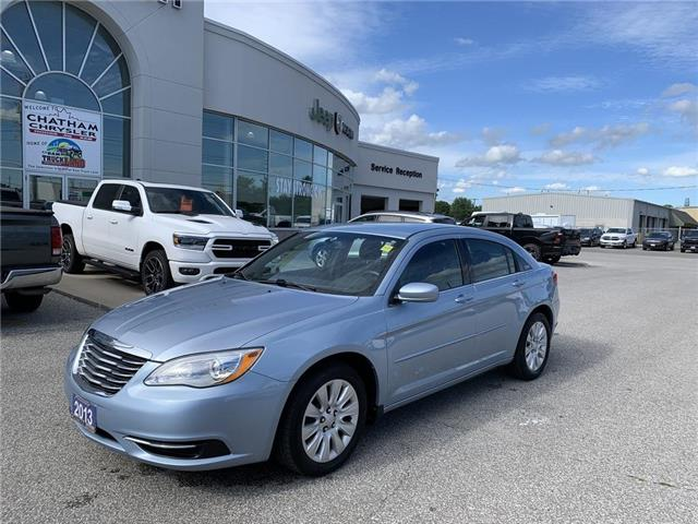 2013 Chrysler 200 LX (Stk: N04485A) in Chatham - Image 1 of 21