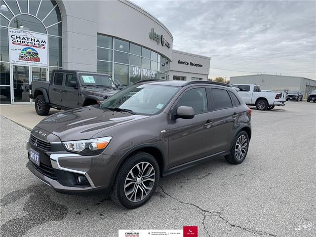 2017 Mitsubishi RVR Limited (Stk: U04656) in Chatham - Image 1 of 25