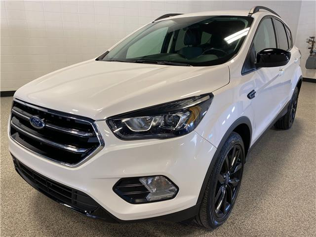 2017 Ford Escape SE (Stk: P12533) in Calgary - Image 1 of 18