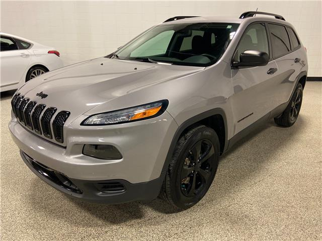 2017 Jeep Cherokee Sport (Stk: P12551A) in Calgary - Image 1 of 20
