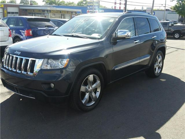 2012 Jeep Grand Cherokee Overland 4WD (Stk: p17-114) in Dartmouth - Image 1 of 12