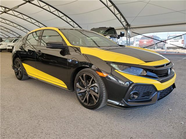 2019 Honda Civic Sport Touring (Stk: 186543) in AIRDRIE - Image 1 of 29