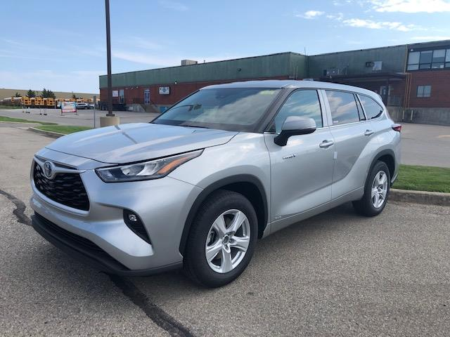 2020 Toyota Highlander Hybrid LE (Stk: 42422) in Chatham - Image 1 of 2