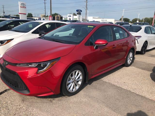 2020 Toyota Corolla LE (Stk: 42029) in Chatham - Image 1 of 5