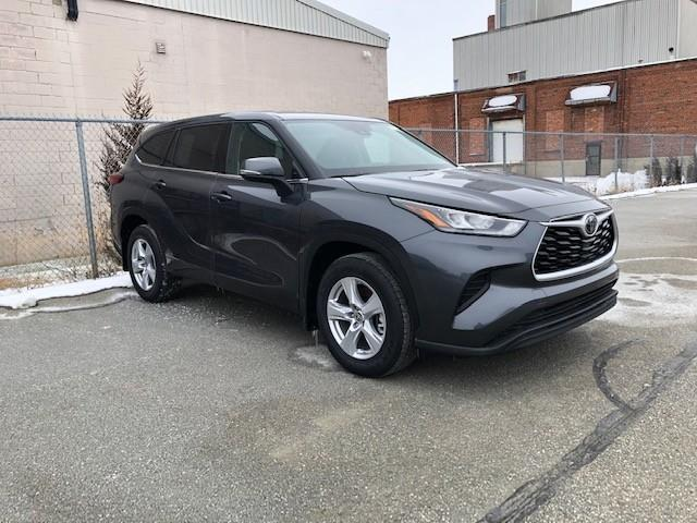 2020 Toyota Highlander LE (Stk: 42383) in Chatham - Image 1 of 2
