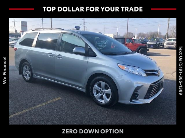 2019 Toyota Sienna LE 8-Passenger (Stk: CP10319) in Chatham - Image 1 of 12