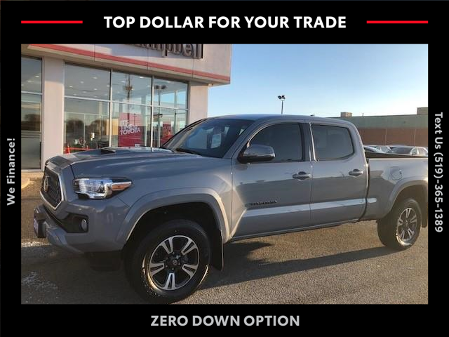 2018 Toyota Tacoma SR5 (Stk: ) in Chatham - Image 1 of 13