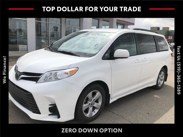2019 Toyota Sienna LE 8-Passenger (Stk: CP10457) in Chatham - Image 1 of 4