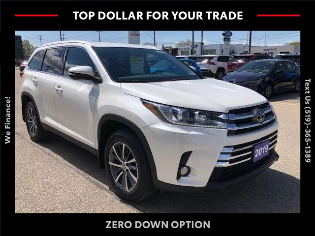 2019 Toyota Highlander XLE (Stk: CP10491) in Chatham - Image 1 of 16