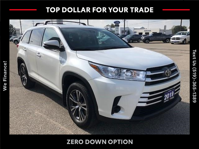 2019 Toyota Highlander LE (Stk: CP10799) in Chatham - Image 1 of 13