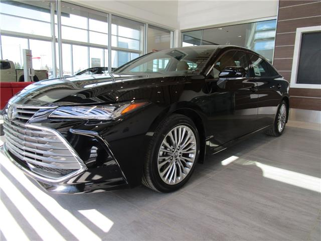 2020 Toyota Avalon Limited (Stk: 208056) in Moose Jaw - Image 1 of 33