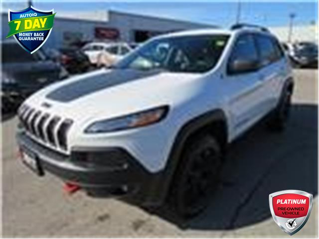 2017 Jeep Cherokee Trailhawk (Stk: 84717) in St. Thomas - Image 1 of 19