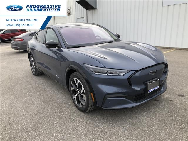 2021 Ford Mustang Mach-E Premium (Stk: MMA02131) in Wallaceburg - Image 1 of 18