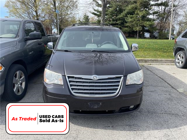 2010 Chrysler Town & Country Touring (Stk: M2085B) in Hamilton - Image 1 of 3