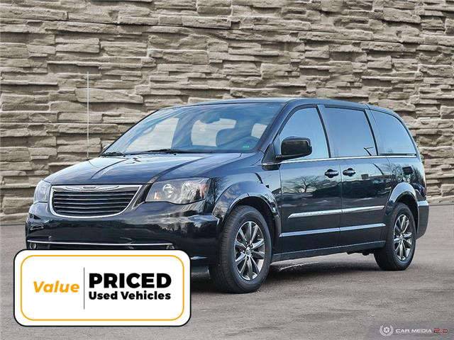 2015 Chrysler Town & Country S (Stk: L2228A) in Hamilton - Image 1 of 28
