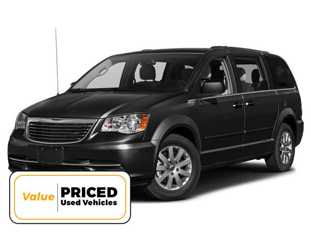 2014 Chrysler Town & Country Touring (Stk: L8130A) in Hamilton - Image 1 of 9