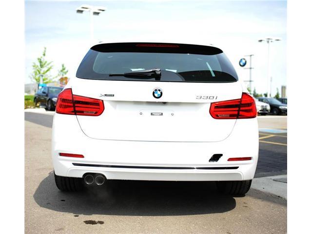 2018 BMW 330 i xDrive Touring (Stk: 8023877) in Brampton - Image 4 of 12