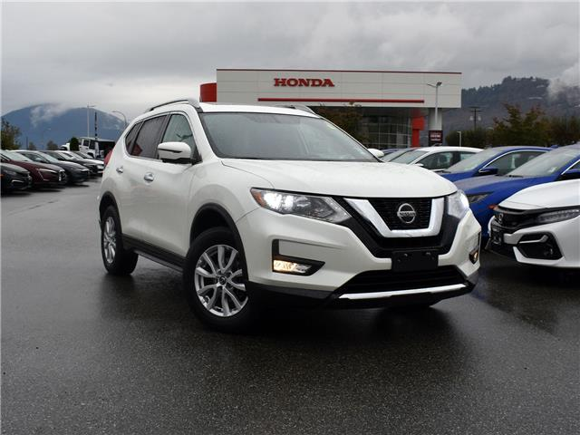 2018 Nissan Rogue SV (Stk: P2480) in Chilliwack - Image 1 of 30