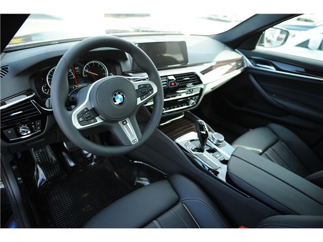 2018 BMW 530 i xDrive (Stk: 8A71406) in Brampton - Image 7 of 12