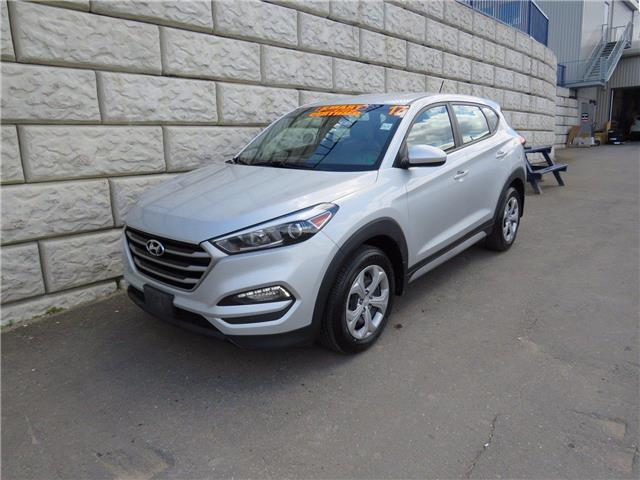 2017 Hyundai Tucson BASE ONLY $64/wk ALL IN EXTENDED WARRANTY (Stk: D10421A) in Fredericton - Image 1 of 18