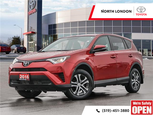 2016 Toyota RAV4 LE (Stk: U11184) in London - Image 1 of 27