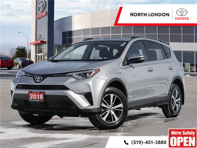 2018 Toyota RAV4 LE (Stk: A220899) in London - Image 1 of 27