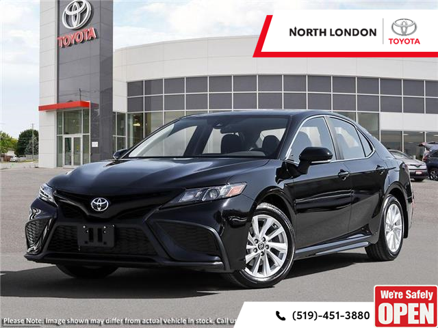 2021 Toyota Camry SE (Stk: 221290) in London - Image 1 of 24