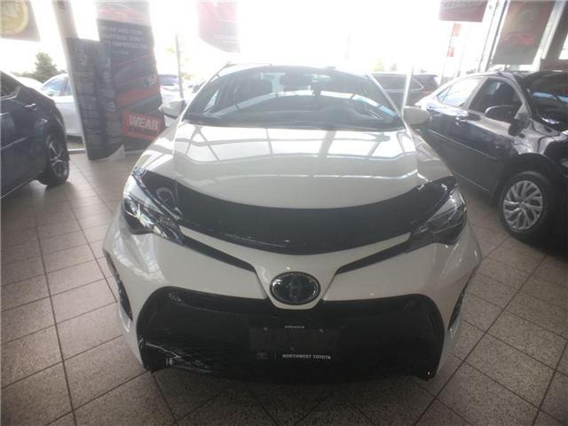 2018 Toyota Corolla SE (Stk: 965217) in Brampton - Image 2 of 5