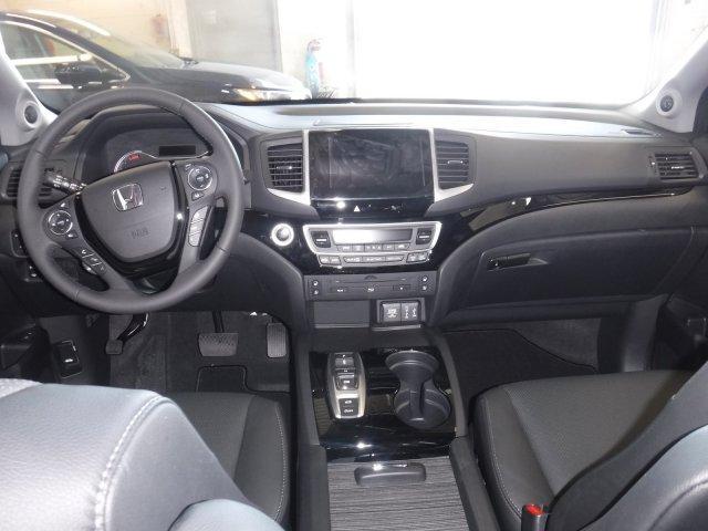 2017 Honda Pilot Touring (Stk: 1181) in Lethbridge - Image 2 of 16
