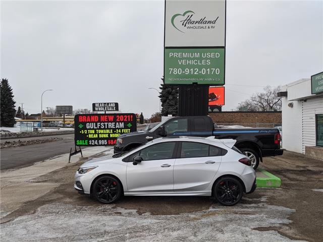 2018 Chevrolet Cruze LT Auto (Stk: WB0022) in Edmonton - Image 1 of 32