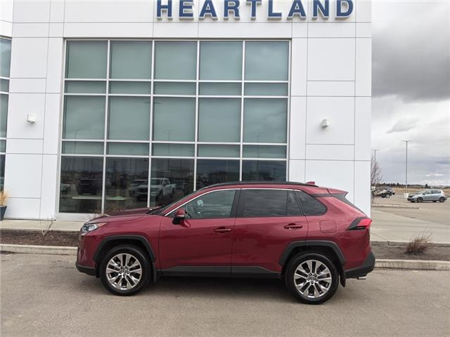 2019 Toyota RAV4 XLE (Stk: B10936) in Fort Saskatchewan - Image 1 of 39