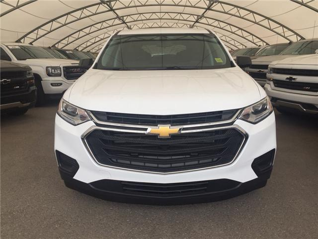 2018 Chevrolet Traverse 1FL (Stk: 156863) in AIRDRIE - Image 2 of 23