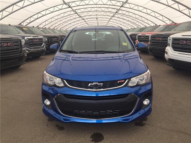 2018 Chevrolet Sonic LT Auto (Stk: 158041) in AIRDRIE - Image 2 of 22